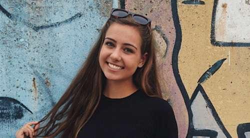 L'hilarante photo d'une jeune femme pleurant sur son autobronzant fait le buzz
