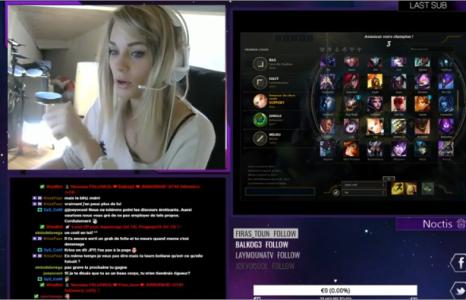 Une jolie blonde se brule les cheveux pendant un live Twitch