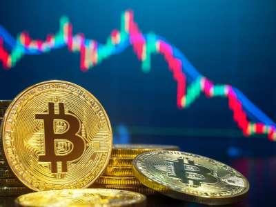 Bitcoin de nouveau chahuté passe sous les 33.000 dollars