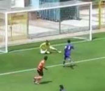 Le but contre son camp le plus absurde de l'histoire du football (Turquie)