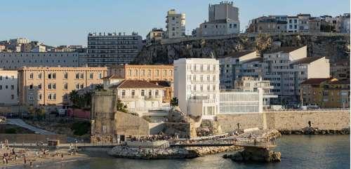 Marseille : escale au seul hôtel les pieds dans l'eau