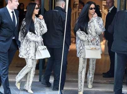 Kim Kardashian relance la mode de l'imprimé python à Paris