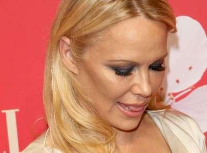 Pamela Anderson mariée à Adil Rami ? Sa réponse veut tout dire !