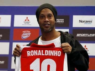 Ronaldinho : Le prodige du football brésilien en prison !