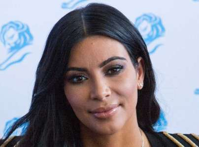 Kim Kardashian : pourquoi sa ligne de maternité fait scandale ?