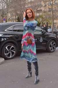 La robe dangereuse de l'ex Miss France, Maeva Coucke... attention aux yeux !