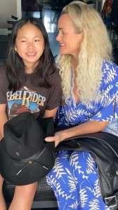 Laeticia Hallyday donne les affaires de Johnny et ce célèbre ami du rockeur approuve !