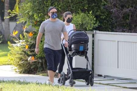 Lea Michele : Quelques mois après le drame, l'actrice s'offre une sortie avec les deux hommes de sa vie !
