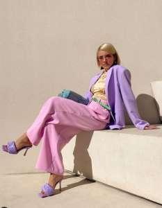 On copie le look pastel de Maxine Wylde