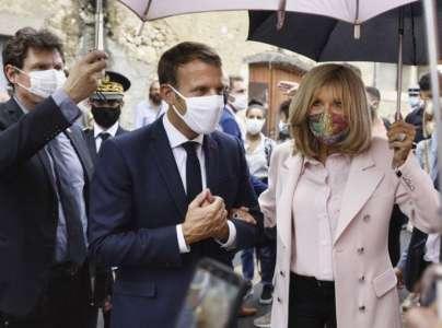 Brigitte Macron radieuse aux côtés de Stéphane Bern... Qui fait de l'ombre à Emmanuel Macron !