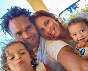L'ex-mari d'Adriana Karembeu, Christian, nage en plein bonheur aux côtés des 3 femmes de sa vie