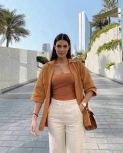 10 pièces décontractées pour adopter le look ensoleillé d'Iris Mittenaere à Dubaï