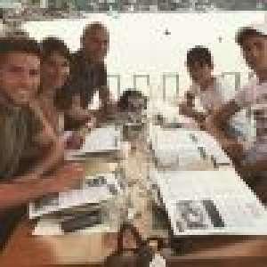 Zinedine Zidane: Torse nu et petit short de bain pour une belle photo de famille