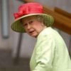 Elizabeth II : Sa dame d'honneur tombe dans les escaliers, la reine