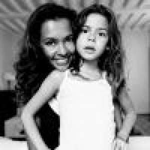 Karine Le Marchand maman célibataire : Ce que la maternité a changé pour elle