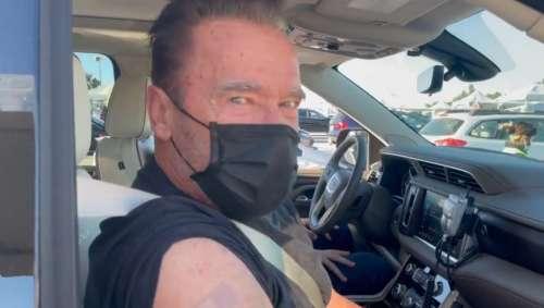 Arnold Schwarzenegger se vaccine contre le COVID :