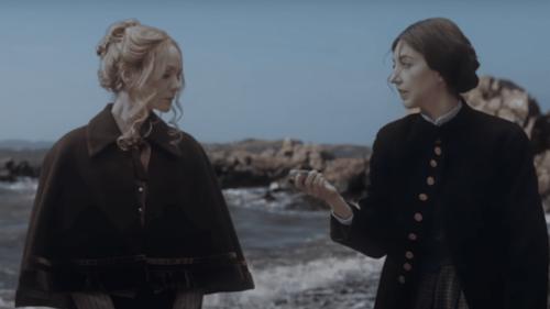 Carey Mulligan parodie le Portrait de la Jeune fille en feu au Saturday Night Live