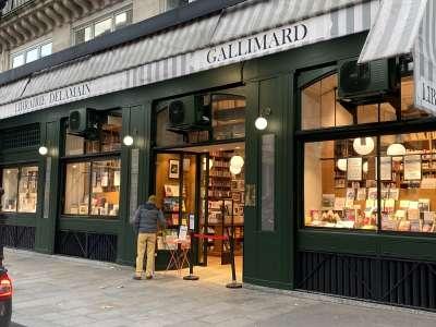 Les librairies enfin essentielles : les commerces autorisés à ouvrir en cas de confinement