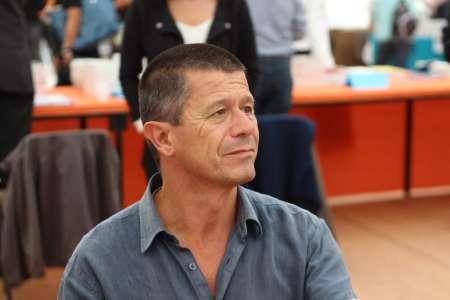 Emmanuel Carrère reçoit le Prix d'honneur du festival Visions du Réel