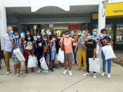 La Réunion: lancement de l'opération «Jeunes en libraire – Fé nèt liv»
