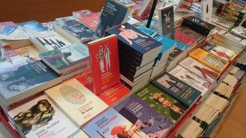 Homophobie : personne ne devrait craindre de vendre un livre