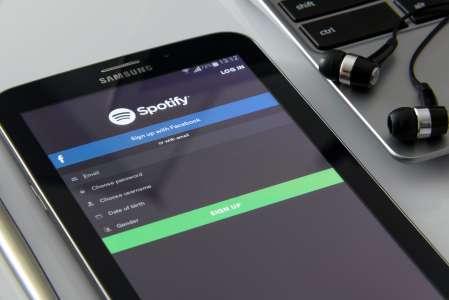 Livres audio : Spotify ouvre sa bibliothèque avec le domaine public