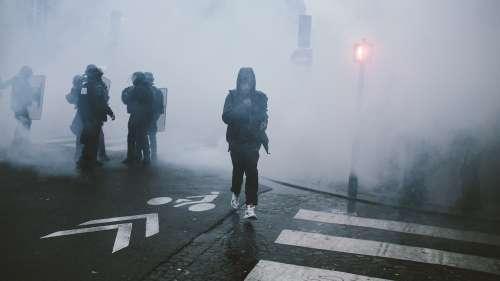 Respirer du gaz lacrymogène pourrait avoir des conséquences graves sur la santé reproductive des femmes @streetpress