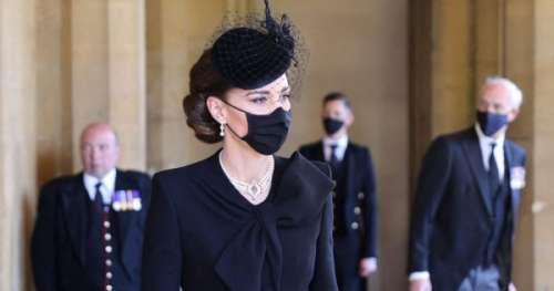 L'hommage de Kate Middleton à la reine et à Lady Di