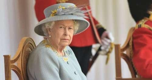 Pourquoi la reine Elizabeth II était seule pour son anniversaire cette année?