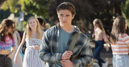 Qui est Tanner Buchanan le beau gosse d'Il est trop bien sur Netflix?