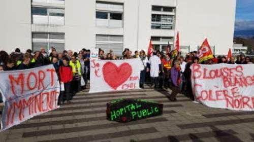 Hôpital public: un appel au débrayage