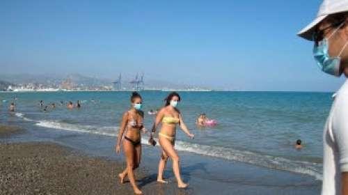 Coronavirus : Olivier Véran appelle les jeunes, de plus en plus infectés, à la prudence