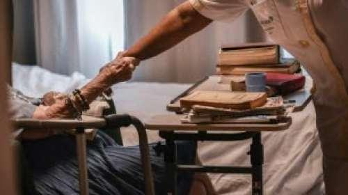 Pourquoi autant d'aînés sont morts dans les Ehpad