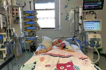 Une fillette de 5 ans qui a vaincu le coronavirus se bat pour sa vie avec la maladie de Kawasaki