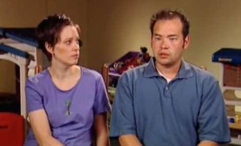 Kate, 28 ans, a déjà des jumelles – elle est sous le choc en voyant l'échographie