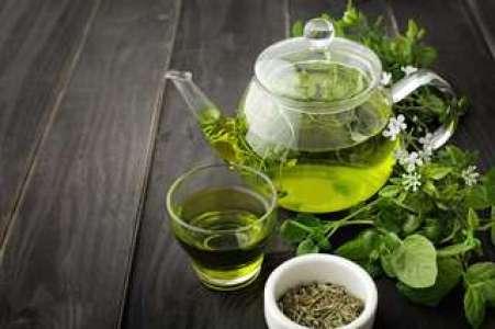 Le thé vert, une fontaine de jouvence pour le cœur ?