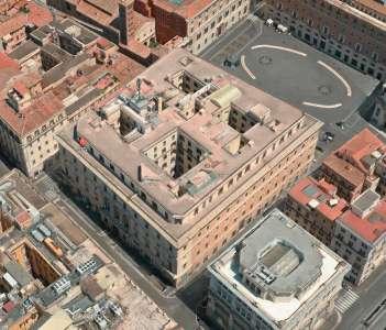 AppleStore : un cocon de marbre pour la nouvelle adresse à Rome