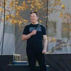 Elon Musk dément avoir demandé à devenir CEO d'Apple