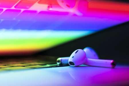 Des hauts-parleurs d'iPhone et d'iPad ne sont plus présentés comme compatibles avec l'audio spatial