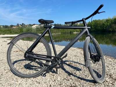 VanMoof : un nouveau firmware pour une conduite à vélo plus manuelle