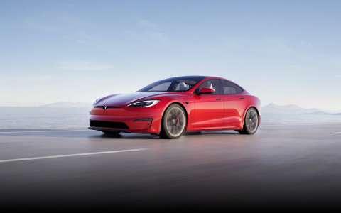 Une Tesla percute une voiture de police, le mode Autopilote mis en cause