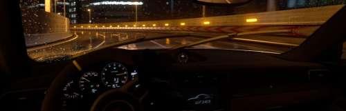 La nouvelle mise à jour de Gran Turismo Sport fait tomber la pluie sur Tokyo Expressway