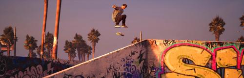 La bande originale de Tony Hawk's Pro Skater 1 et 2 inclut 18 pistes et quelques absences