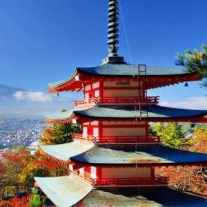 Charts Japon : tout le monde descend, sauf Momotaro