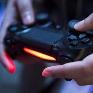 Epic et fortnite contre apple - En 2018, Sony a finalement dit oui au crossplay, mais pas sans conditions