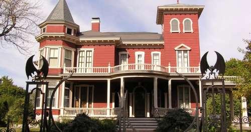 Stephen King change sa demeure du Maine en maison de retraite pour écrivains