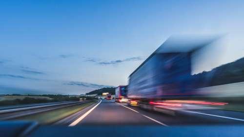 En Allemagne, la vitesse illimitée pourrait bientôt n'être réservée qu'aux voitures électriques