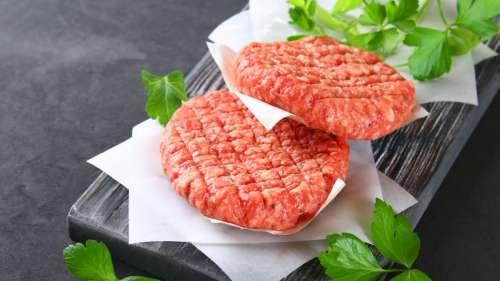 En grande surface, les steaks hachés bio sont plus mauvais pour la santé que les autres