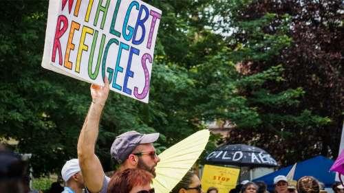 Les demandeurs d'asile LGBT+ en France font face à de lourdes difficultés procédurales