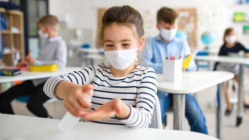 Quel est le protocole à suivre si un cas de Covid-19 est confirmé dans une école ?